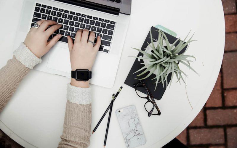 Cómo trabajar online con un portátil de manera segura